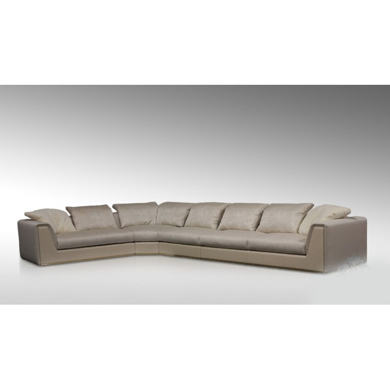 Диван, дизайн Fendi Casa, модель Prestige Sectional Sofa
