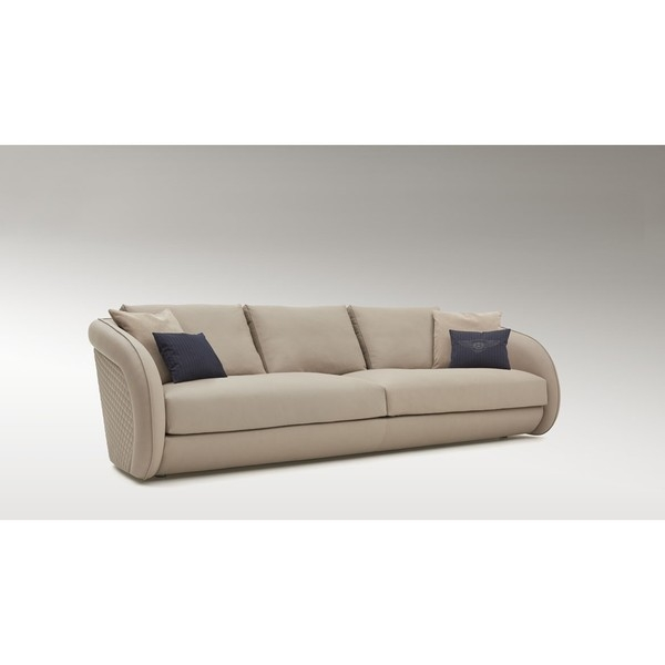 Диван Beaumont Sofa, дизайн Bentley Home