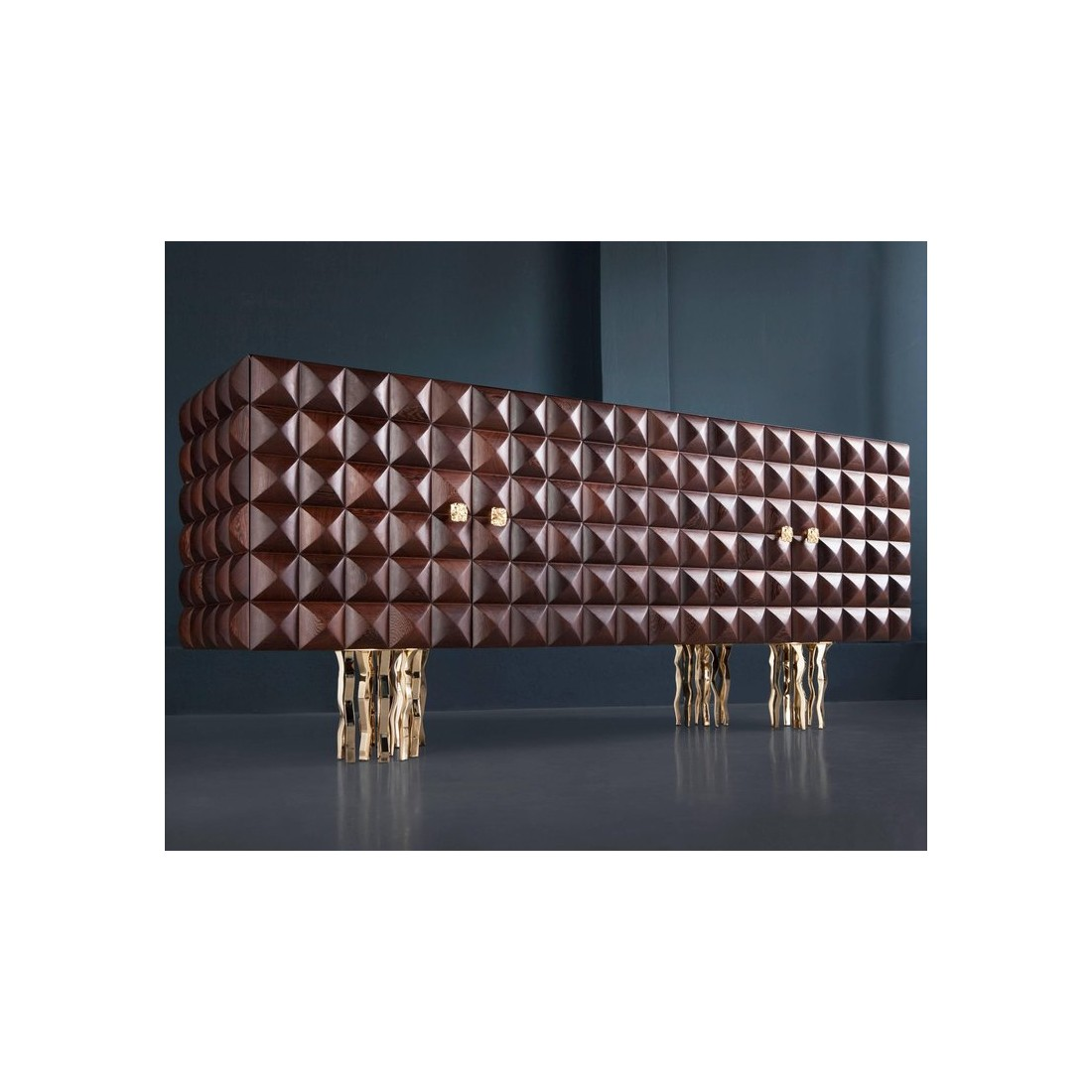 Буфет Il Pezzo 10 Credenza made of embossed solid wenge and gold plated brass