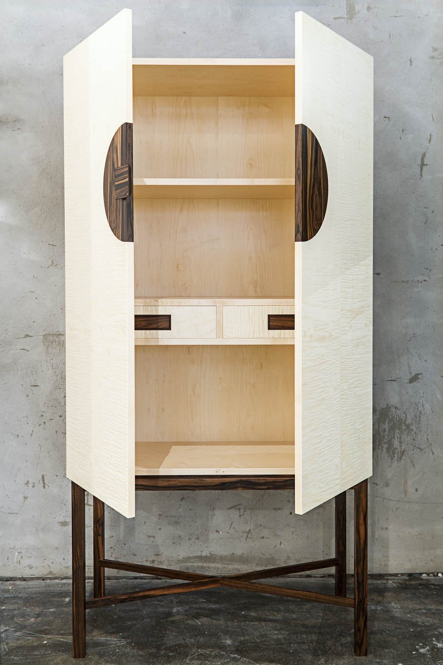 Шкаф Marriage Chest Gavin Robertson Furniture